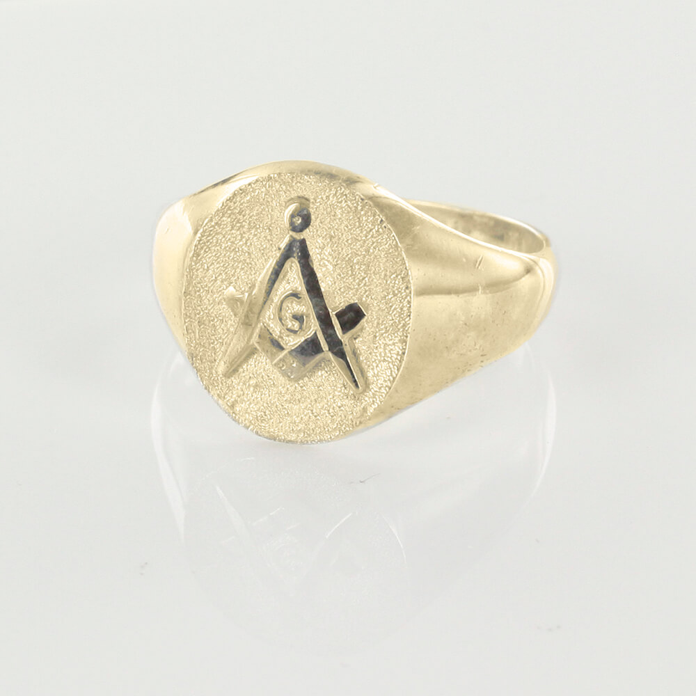 Oval Head Gold Masonic Signet Ring Bearing the Square & Compass Symbol/Seal 2