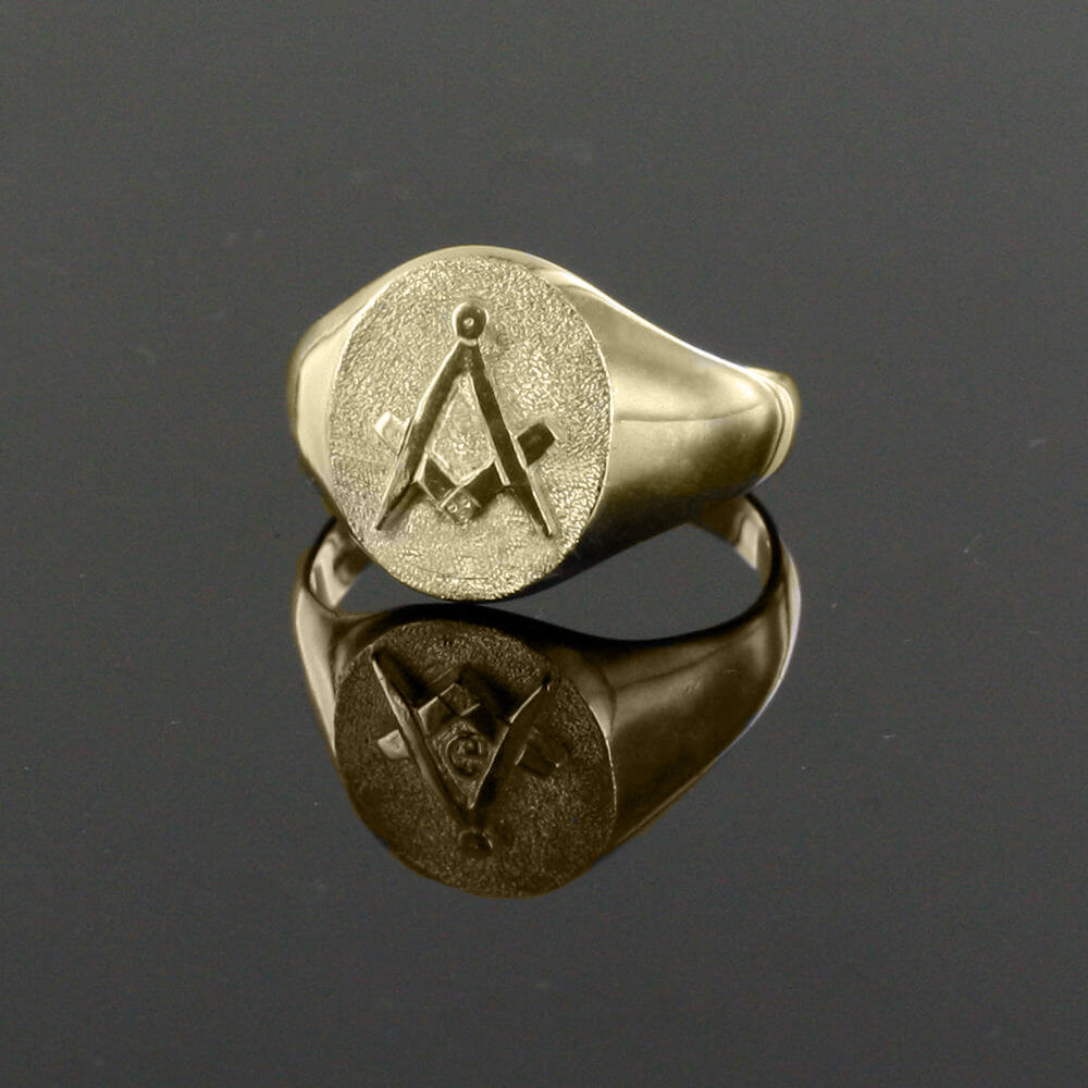 Oval Head Gold Masonic Signet Ring Bearing the Square & Compass Symbol/Seal 3