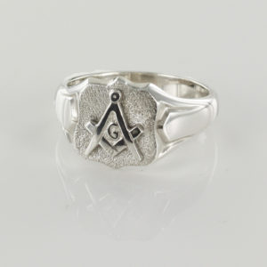 Shield Head Silver Masonic Signet Ring Bearing the Square & Compass Symbol/Seal