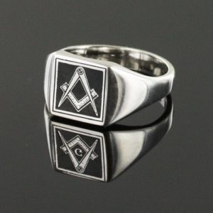 Square Shaped Masonic Square & Compass Signet Ring (Black)