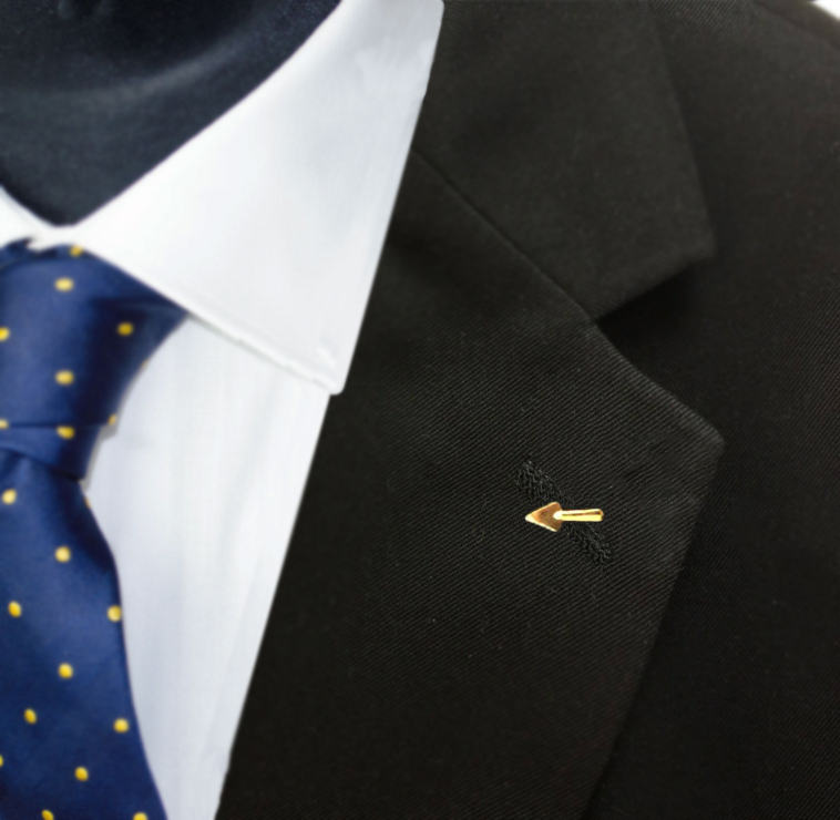 Gilt Metal Trowel Masonic Lapel Pin (or Badge)